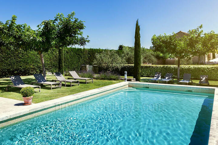Holiday villa in Robion, Luberon