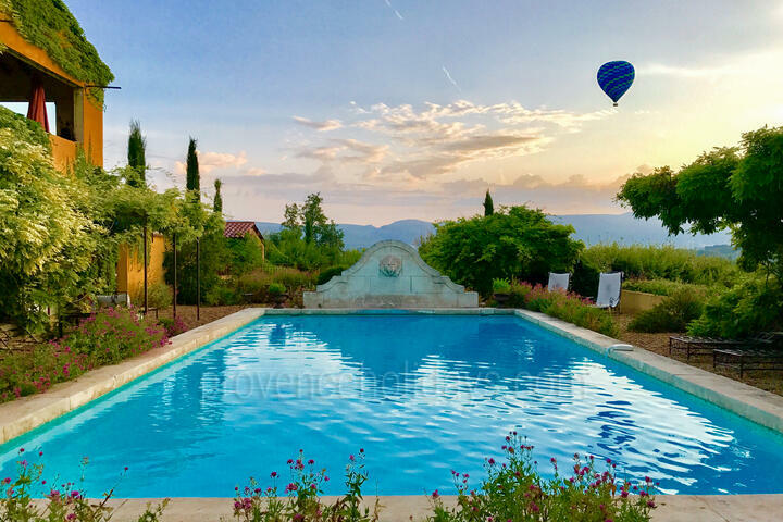 Holiday villa in Gargas, Luberon