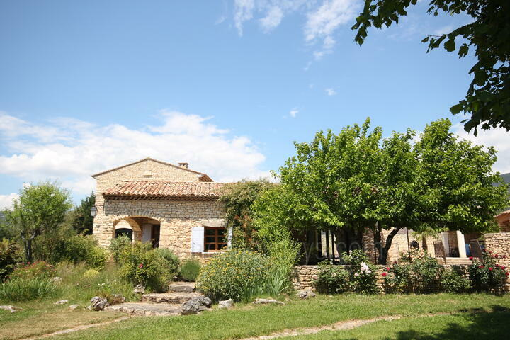 Charming Holiday Rental in Rustrel, in the Luberon