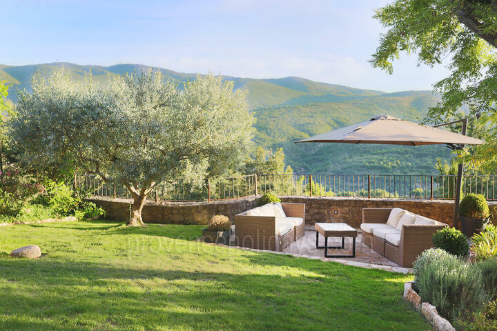 Holiday villa in Saint-Martin-de-Castillon, Luberon