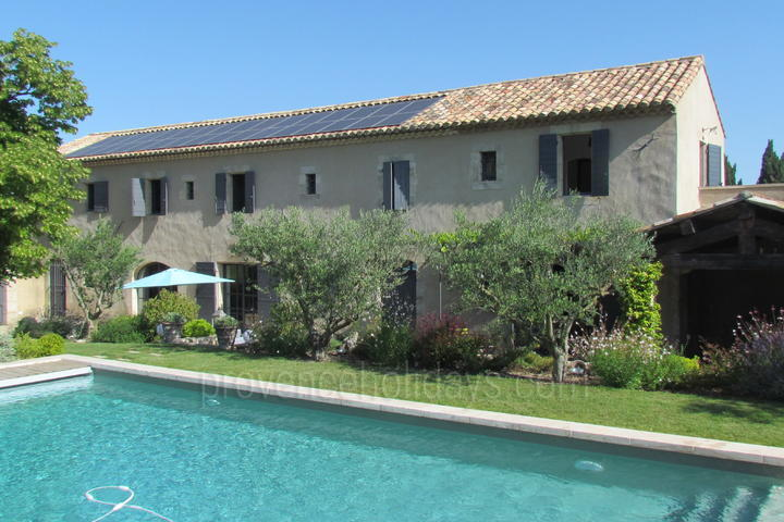 Pet-friendly rental with Air Conditioning in Saint-Rémy-de-Provence