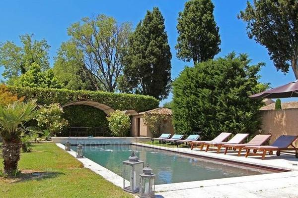 Exceptional House with Air Conditioning in Saint-Rémy-de-Provence in the Alpilles