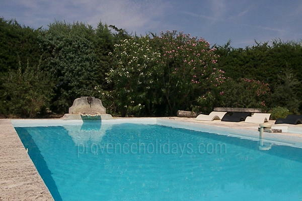 Pet-friendly Traditional House within walking distance to Saint-Rémy-de-Provence