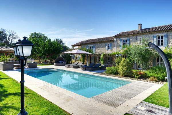 Mas en Pierre: Swimming Pool - -1