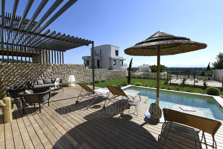 Avignon Interior Designed House to rent with Air Conditioning