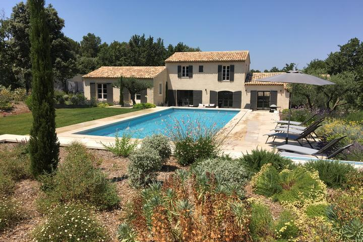 Large Holiday Rental House in the Alpilles