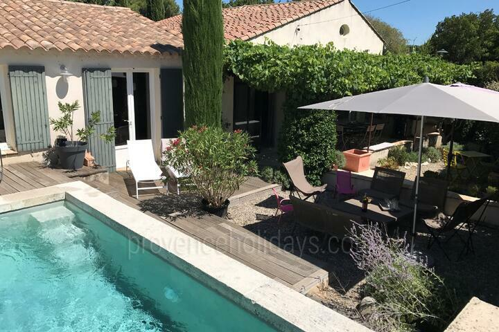 Villa with Air Conditioning in Saint-Rémy-de-Provence