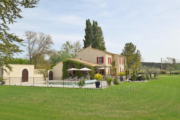 Superb Holiday Rental House in Maussane-les-Alpilles