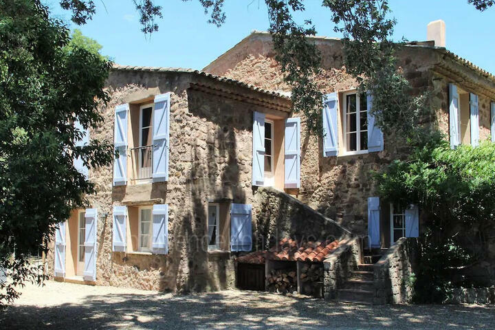 Magnificent Bastide with Luxury Pool House in Lorgues