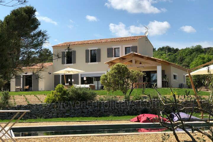 Holiday Rental in Peaceful Surroundings - Luberon